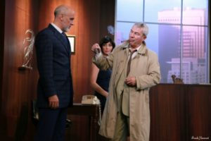 Columbo : Meurtre sous prescription, pièce de théâtre avec Martin Lamotte, Pierre Azema, karine Belly et Stéphane Boutet