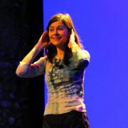 """Bertille Soullier (@dr) pour son spectacle """"Le Monde en fête"""""""