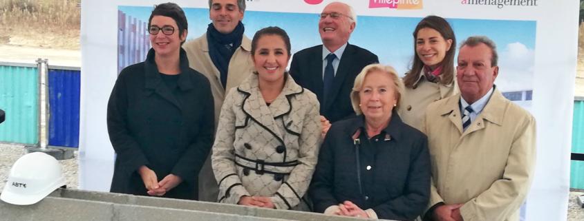 Pose de la 1ère pierre des futurs logements de l'écoquartier de la Pépinière à Villepinte, dimanche 7 octobre. avec Martine Valleton, Maire de Villepinte.
