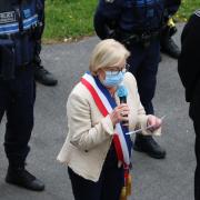 Minute de silence sur le parvis de l'hotel de ville de la Mairie de Villepinte (93) en hommage à Stéphanie Monfermé, victime vendredi 23 avril d'un acte terroriste à Rambouillet.